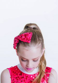So much cheer hairbow Red